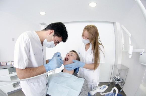 歯医者、歯科治療