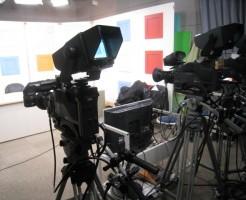 テレビカメラ、テレビ局