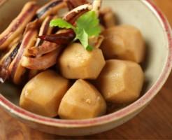 里芋、さといも、煮っころがし、煮物、いか