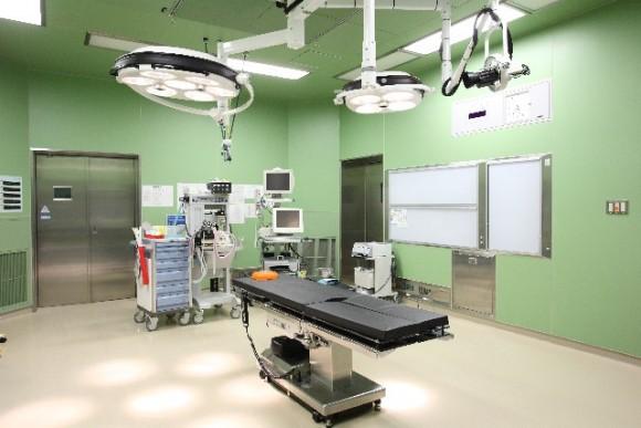 手術、病院