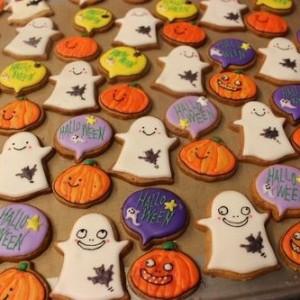 ハロウィンのお菓子を手作り!アイシングクッキー・色の作り方など