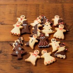 お菓子の家やクリスマスツリー!可愛いデザインの型抜きクッキー