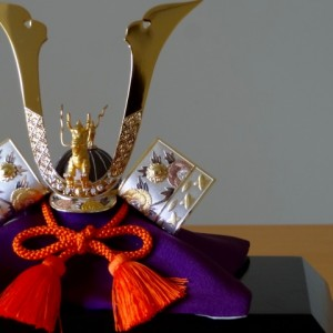 五月人形は誰が買う?関東・愛知地域別まとめ!鎧兜を飾る意味は?